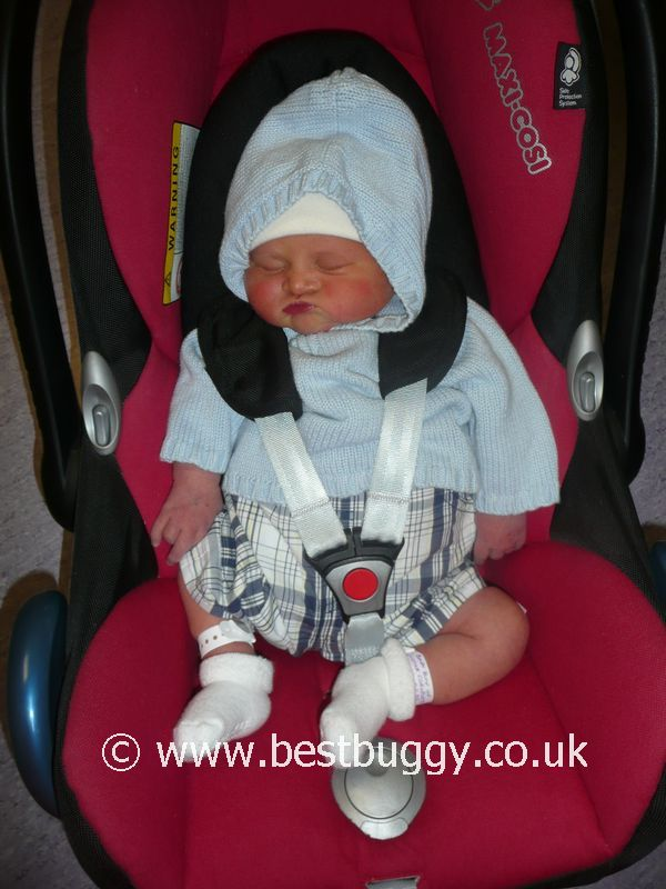 Why Babies Should Travel Laid Flat In A Car Seat Infant Carrier ...